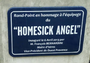 stele_rond-point__homesck_angel_istres_6avr2013.jpg